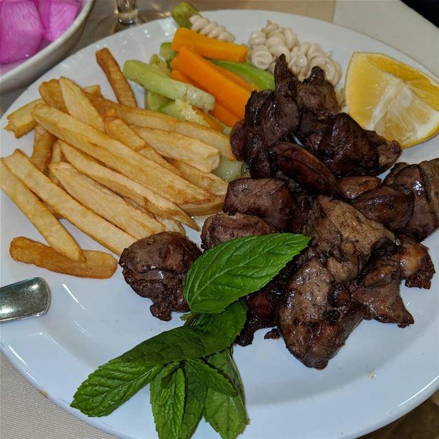 dinner food chickenliver grilledvegetables yummy instayummy ...