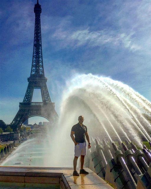 """""""Paris is always a good idea""""-Audrey Hepburn-.. paris🇫🇷 (Place du Trocadéro)"""