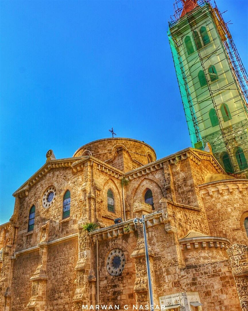 Shades of Beirut......📍St. Louis Cathedral, Capuchins Str. Wadi Abou... (St. Louis Cathedral, Beirut)