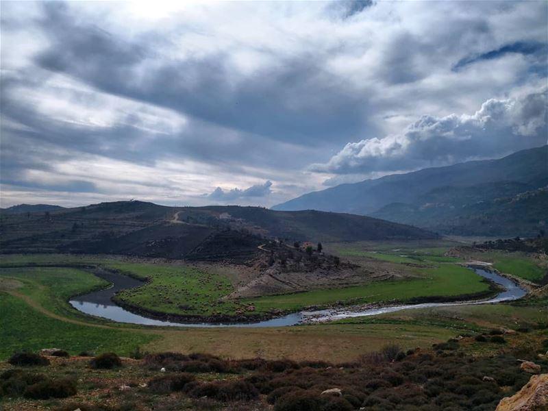 lifehappensoutdoors collectmoments gooutdoors mountain river gogreen... (Saghbîne, Béqaa, Lebanon)