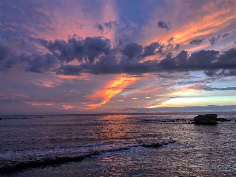 My favourite spot 😍 lebanon batroun bahsa raysbatroun sunset ... (RAY's Batroun)