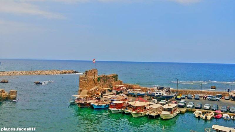 جبيل مدينة الألوان الحضارية…و صورة لمينائها تعكِس لَنا عُمْق تاريخها..إنطلا (Byblos - Jbeil)