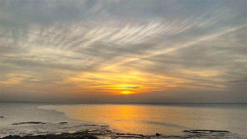🌅............ Tripoli Lebanon Sunsets SunsetPorn ... (Tripoli, Lebanon)
