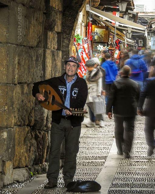 أسعَدُ الناسِ مَن أسعَدَ الناس ________________________________ lebanon ... (Byblos, Lebanon)
