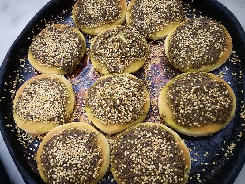 zaatar mini bites! Even the simplest things can be beautiful...❤️RASH... (Rashet somsom - رشة سمسم)