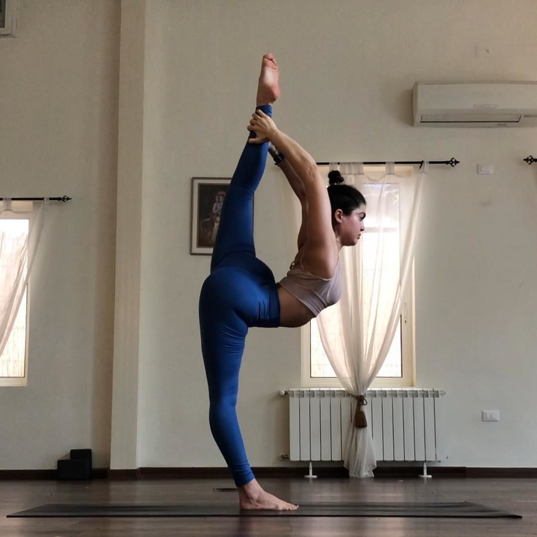 King dancer pose. I don't go near this posture unless I'm properly warmed... (Sarvam Yoga)