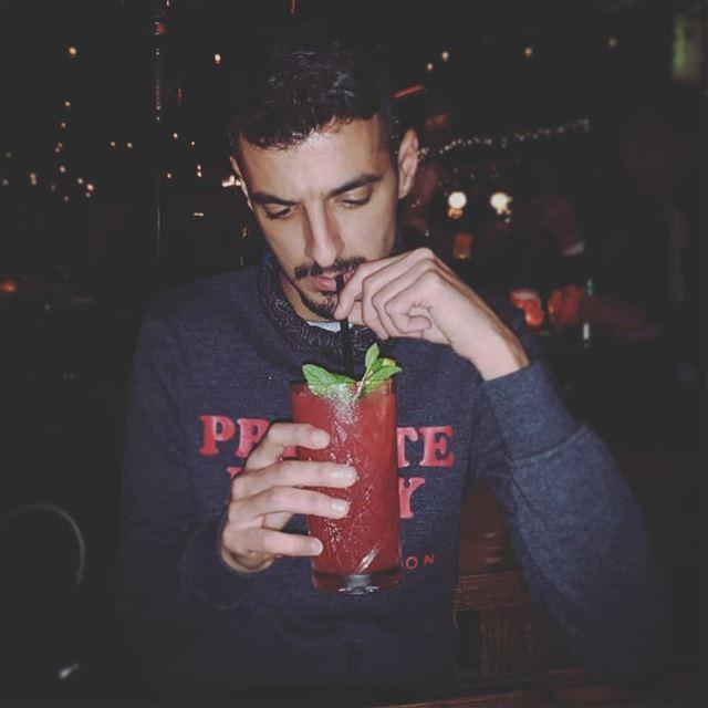 bestfriends drinkswithfriends drinks drink lebanesenights ... (Pablo Escobar - Cóctel Y Cocina)