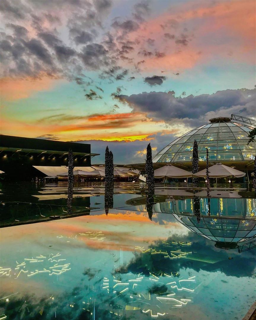 instagood love art design photooftheday reflection rooftop mall ... (Dbayeh, Mont-Liban, Lebanon)