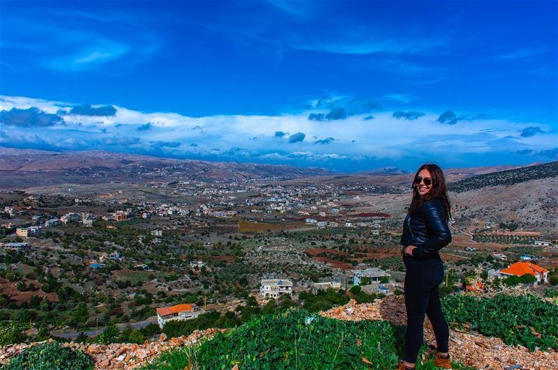 Thєrє αrє nσ límíts tσ whαt чσu cαn αccσmplísh, єхcєpt thє límíts чσu plαcє (Rashayya, Béqaa, Lebanon)