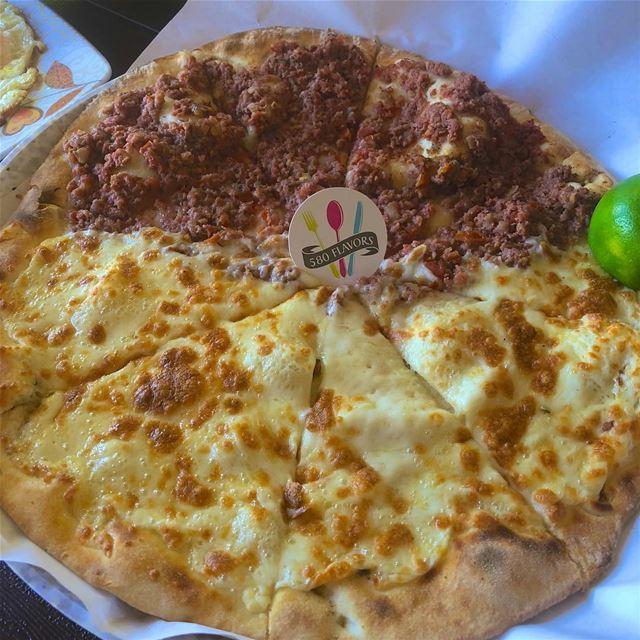 Half cheese half lahem b ajin😍😍 who's in?! ehden zgharta ...... (Ehden, Lebanon)