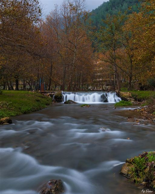 Autumn spirit 🍁🍁.... waterfall lake river paradise watershot... (Akkar)