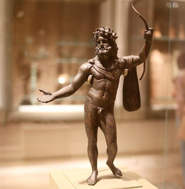 🇱🇧 Jupiter de la época Romana conseguido en tierras libanesas    Museum... (National Museum of Beirut)