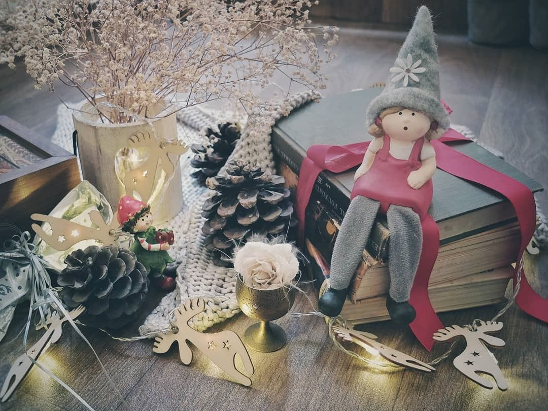 christmasdecorations christmastime christmas dolls setup ...