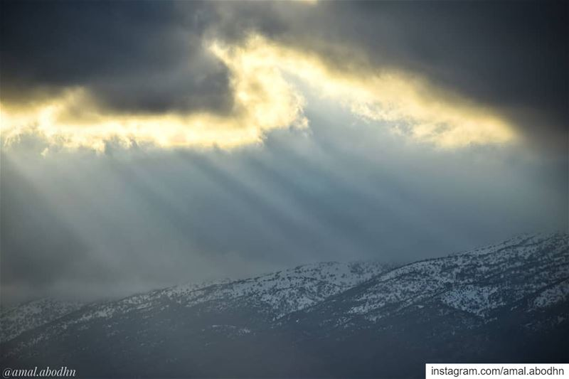 before the storm.. 👌 bekaa .... lebanon photography ... (Beqaa Valley)