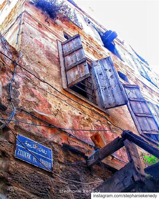 Old places have soul ✳سوق التربيعة-طرابلس architecture ...