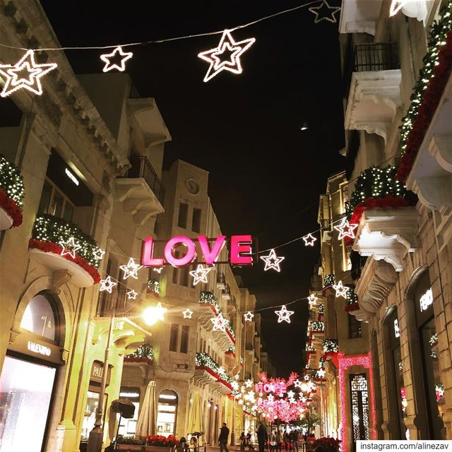 Downtown Beirut ... ♥️... Love  Downtownbeirut  Christmas  Beirut  Lebanon... (Downtown Beirut)