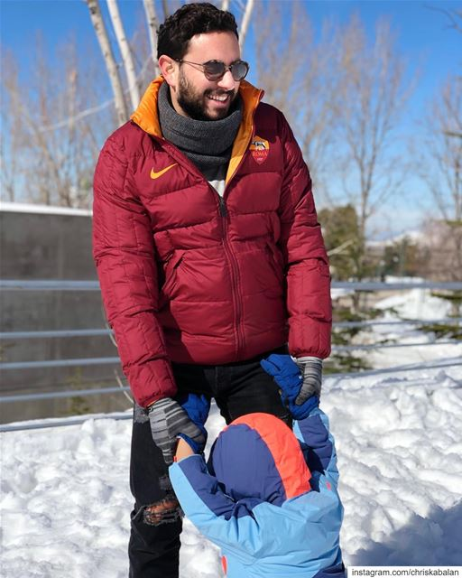 When @adeelaofficial tells you to take Alloushi out to play in the snow 🤣... (Fakra Kfarzebian Liban)