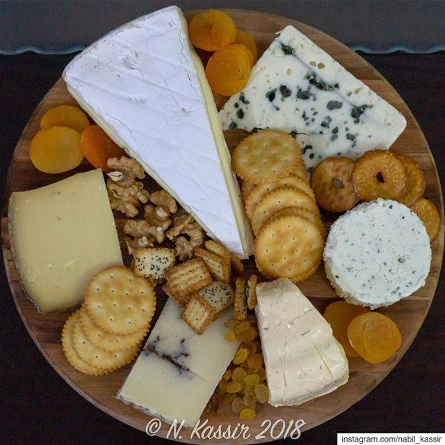 Cheese cheeseboard crackers nuts dryfruits brie truffle ... (Sinn Al Fil, Mont-Liban, Lebanon)