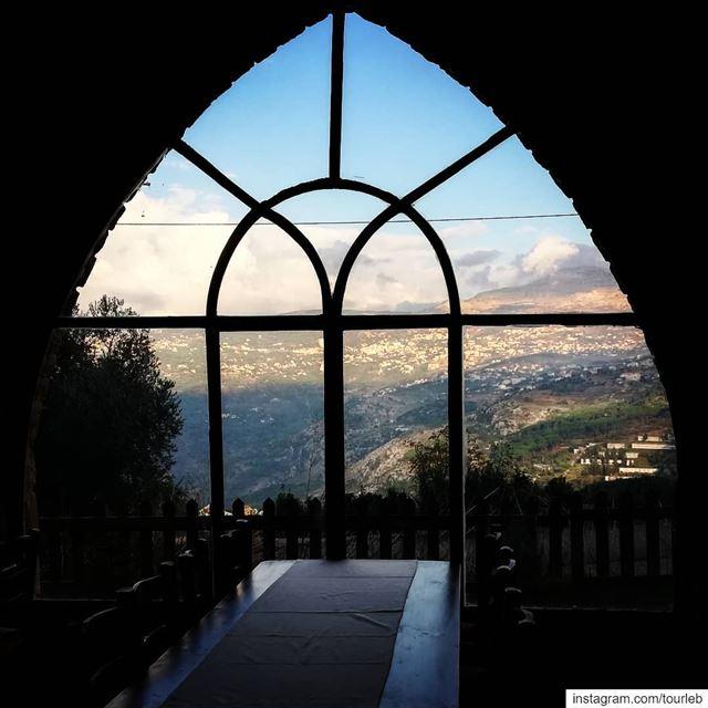 When sunset meets wine ! tourismlb tourism tourleb tourlebanon ... (Château Cana)