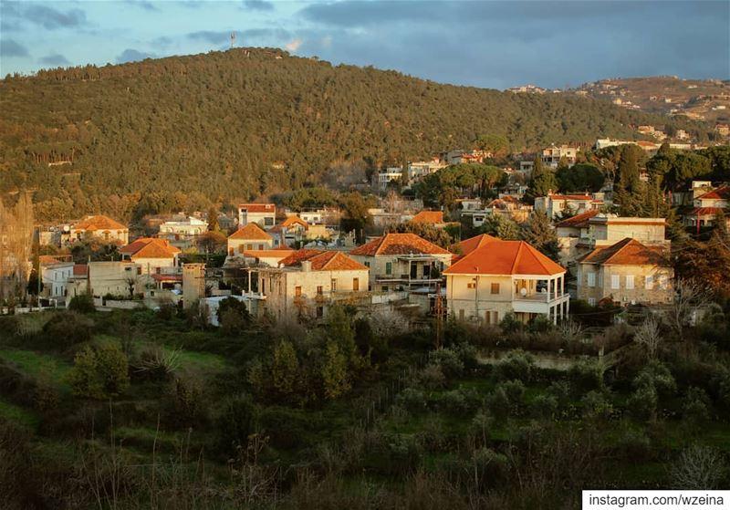 🏘🌳🏡🌳🏘🌳... lebanon beino akkar liveloveakkar winter ... (Beïno, Liban-Nord, Lebanon)