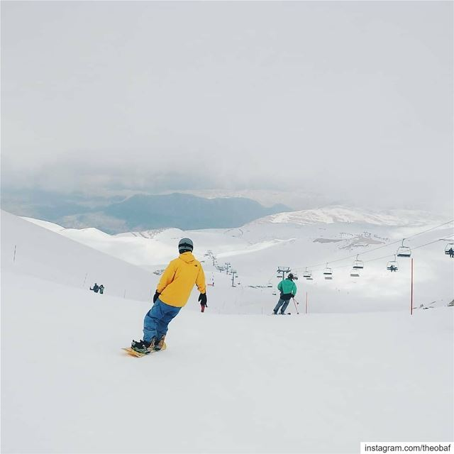 A throwback to the 2018 ski season at Mzaar @mzaarskiresort @livelovemzaar (Mzaar Ski Resort Kfardebian)