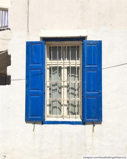 feelin' blue 🌀•• ihavethisthingwithbeirut passionpassport ... (Al Batrun, Liban-Nord, Lebanon)