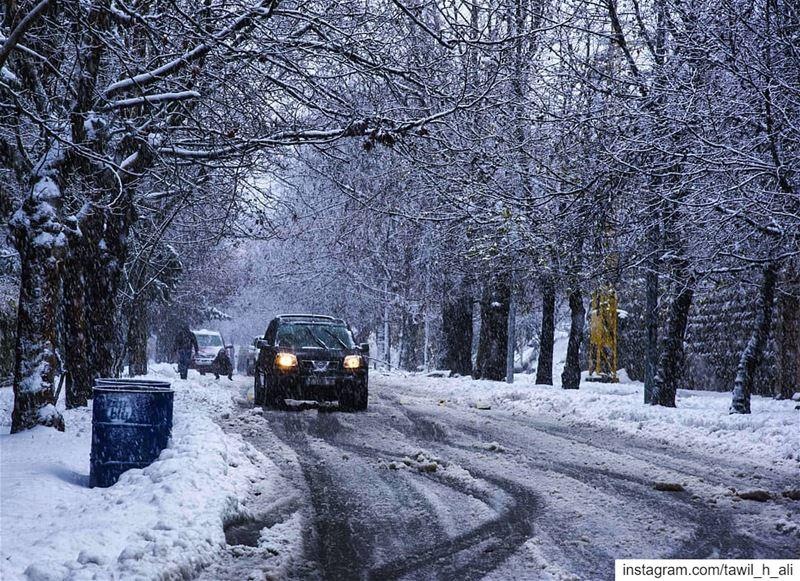 ❄️🚙 snow landscape storm stormy insta_lebanon picoftheday ... (Cornish Sawfar)