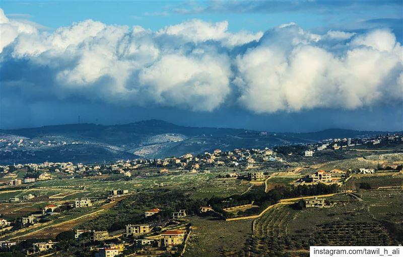 Winter Mood ☁️ landscape cloudy contrast landscaping ... (Haddâtha, Al Janub, Lebanon)