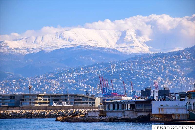 Beirut Morning Sea pysglb mountains snow landscape nature clouds lebanon... (Ain El Mreisse, Beyrouth, Lebanon)