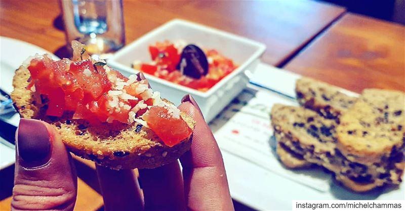 Lebanon Jounieh Italian Tartina Bruschetta Pasta ... (Tartina Di Mare)
