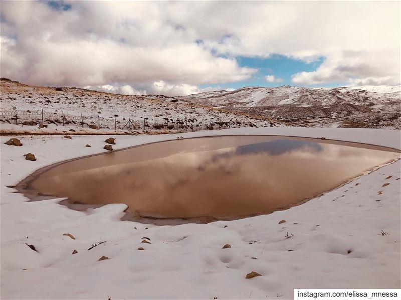 lebanon livelovelebanon kfardebian 3younelsimen mycountry snow ... (Mzaar Kfardebian)