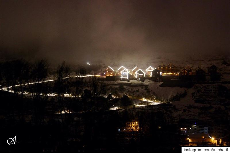 night lights sky snow winter christmasdecorations clouds ... (Faraya, Mont-Liban, Lebanon)