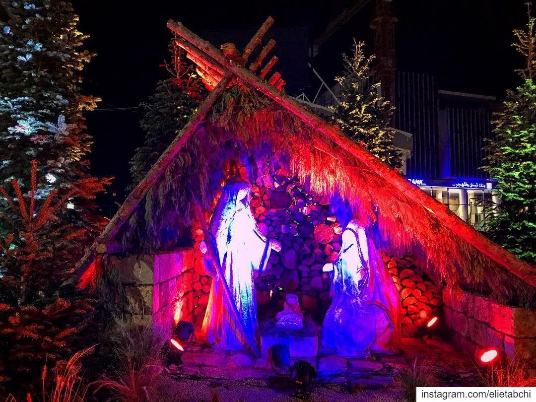 Christmas time at Batroun 🎄 lebanon batroun christmas christmastree ... (Batroûn)