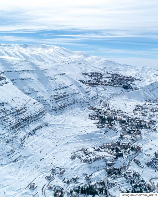 Winter Wonderland ❄️... mzaar faraya kfardebian lebanon winter ... (Mzaar Kfardebian)