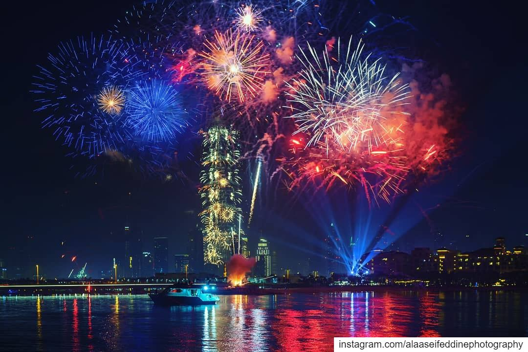 More of New Year Eve 2019 .... dubai mydubai picsdubai dubaimall ... (Burj Khalifa)