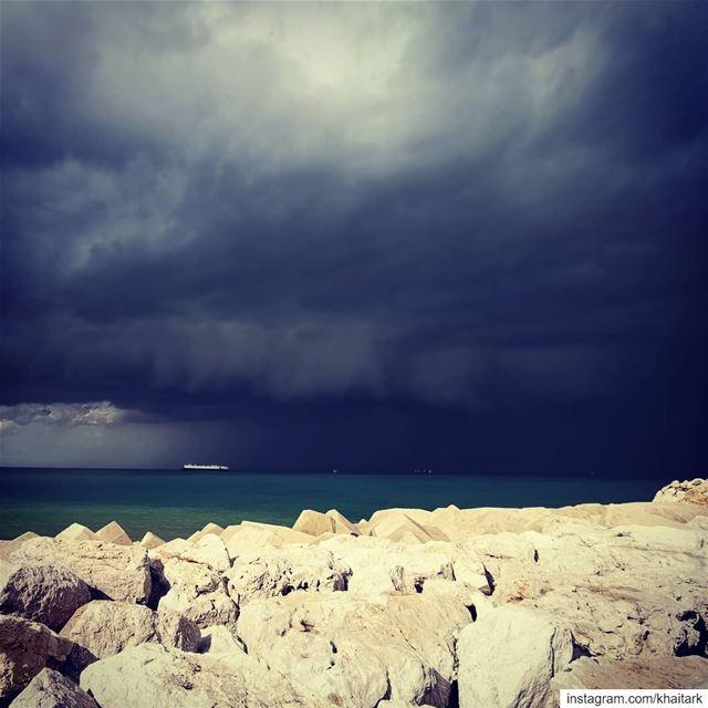 Into the storm ig_lebanon amazinglebanon insta_lebanon wearelebanon ... (Marina Dbayeh)