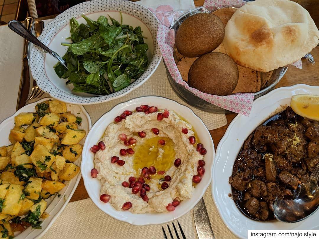 dinner dinnertime food instafood like mtabbal chickenliver ... (Leila Min Lebnen)