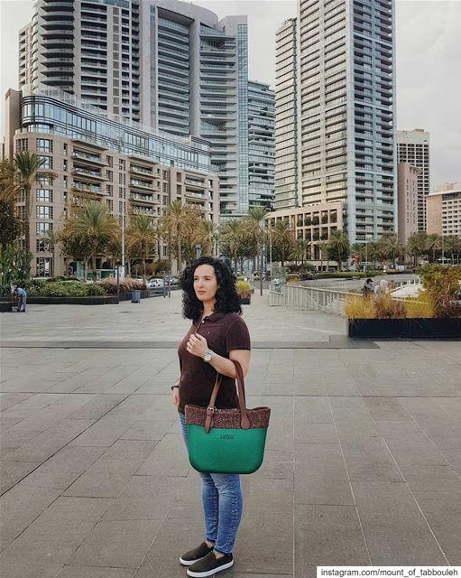 Сказ о том, как одна сумочка спасла меня от постродового ненастья.⠀Во мне (Beirut, Lebanon)