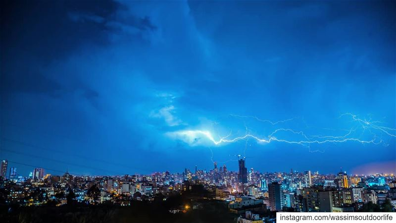lebanon  beirut longexposure  canonphotography  lighting  thunder ...