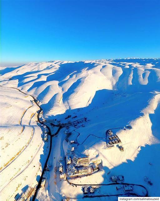The season just around the corner for ski lovers ⛷Morning Lebanon 💙----- (Mzaar Ski Resort Kfardebian)