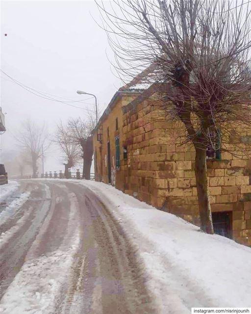 meetlebanon january ptk_lebanon roadtrip snow everything_imaginable ... (Hadath El-Jubbah, Liban-Nord, Lebanon)
