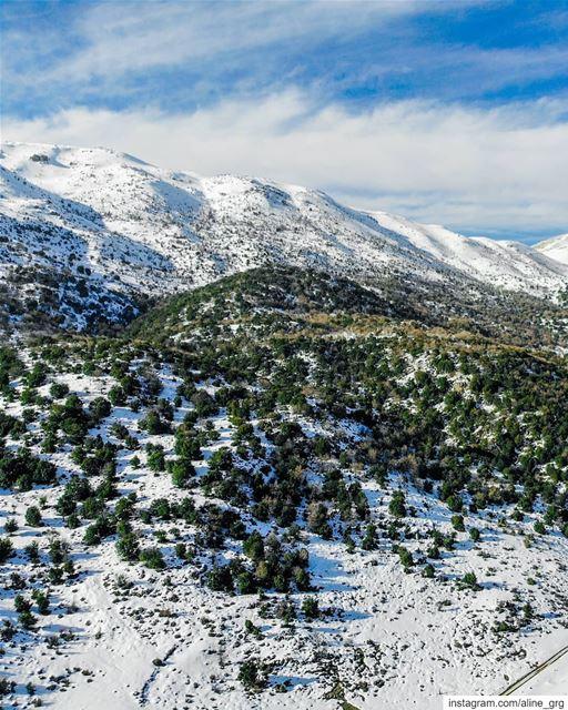 ° Mountain Palette ° ♡ snow mountain luna_drone mavicair mavic dji ... (Saghbîne, Béqaa, Lebanon)