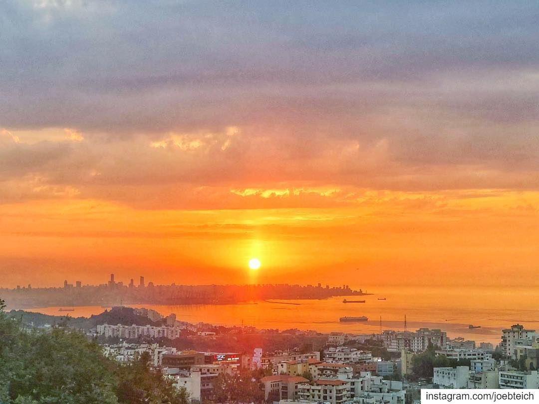 It is almost impossible to watch a sunset and not dream🌅 livelovebeirut... (Beirut, Lebanon)