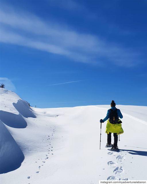 Sunny days 🗻🚶♂️❄ myadventureslebanon mountaineering choosemountains... (My Adventures Lebanon)