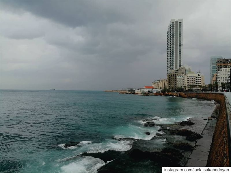 Beirut before Storm beirut beyrouth liban lebanon corniche manara ...