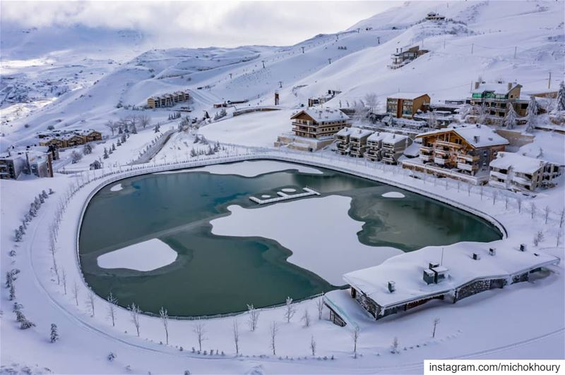 Yes... it's freezing ... Lebanon  fromwhereidrone  AboveLebanon ... (Zaarour Club)