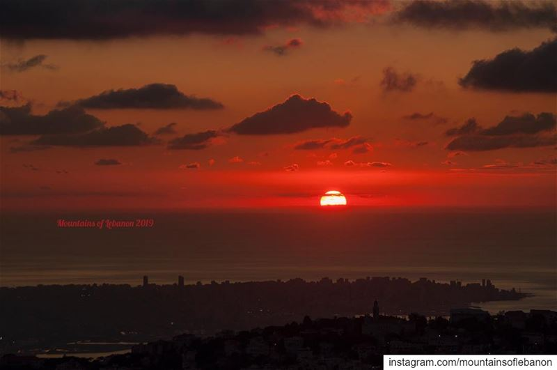 Mid January sunset over Beirut from Rayfoun! leb_sunset  sunsets ... (Rayfun, Mont-Liban, Lebanon)