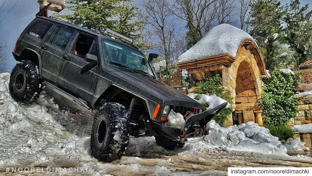 🇱🇧🇱🇧🇱🇧... jeep xj sawfar lebanon nofilter whatsuplebanon...