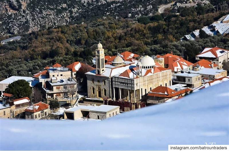 batroun douma village البترون_سفرة snow wintertime bebatrouni ... (Douma, Liban-Nord, Lebanon)