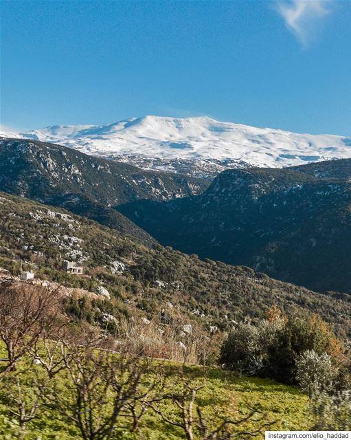 Lebanon 🇱🇧 LiveLoveLebanon LiveLoveBeirut Snow White Nature Sky ... (Mshikha, Mont-Liban, Lebanon)